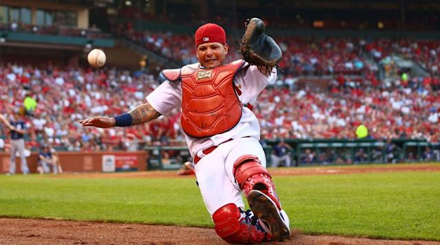 Yadier Molina, Cardinals sign three-year, $60 million extension