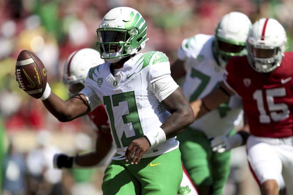 Oregons' Anthony Brown runs for a touchdown against Stanford during the first half of an NCAA college football game in Stanford, Calif., Saturday, Oct. 2, 2021. (AP Photo/Jed Jacobsohn)