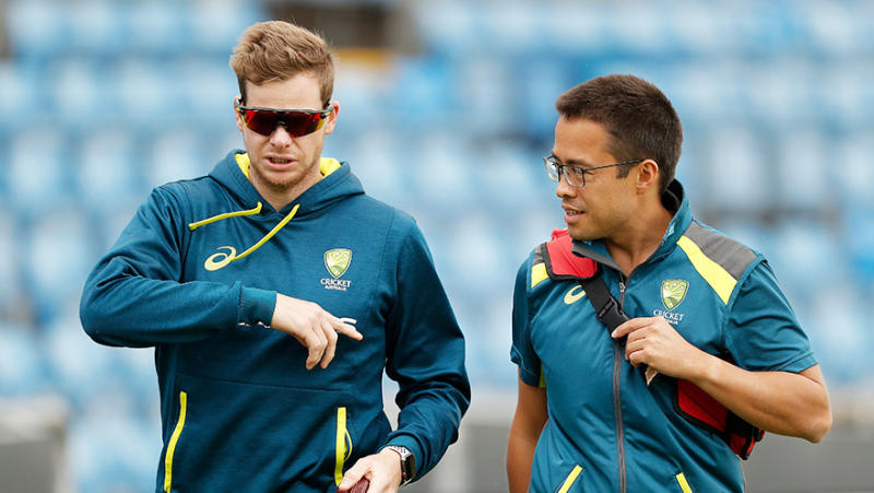 Steve Smith of Australia walks laps with Australian Team Doctor Richard Saw during the Australia Nets Session at Headingley on August 21, 2019 in Leeds, England. (Photo by Ryan Pierse/Getty Images)