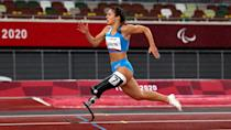 <p>Tokyo 2020 Paralympic Games - Athletics - Women's 100m - T63 Final - Olympic Stadium, Tokyo, Japan - September 4, 2021. Ambra Sabatini of Italy in action. REUTERS/Athit Perawongmetha</p>