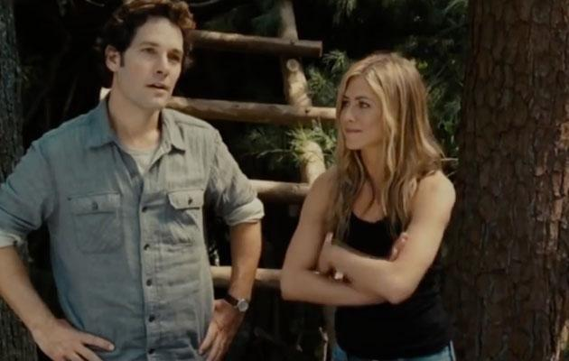 In the bloopers, Jen can barely keep it together as Justin performs his scenes. Source: Universal