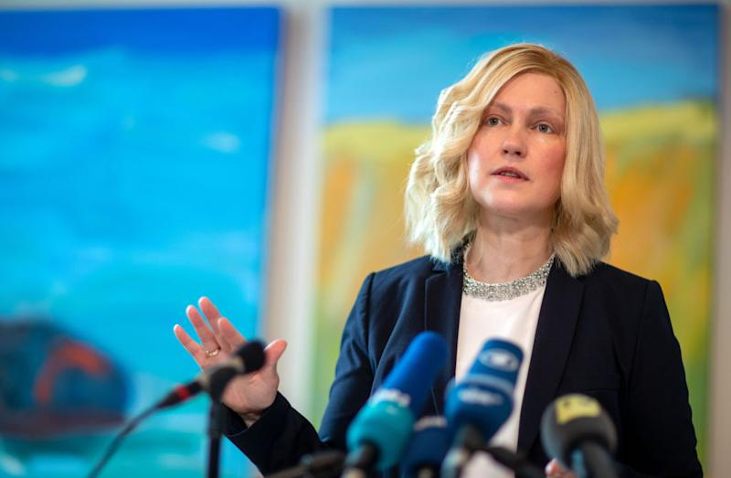 13 March 2020, Mecklenburg-Western Pomerania, Schwerin: Manuela Schwesig (SPD), Prime Minister of Mecklenburg-Vorpommern, informs representatives of the press in the State Chancellery about current measures against the spread of the new coronavirus. In Mecklenburg-Western Pomerania, schools and kindergartens in Rostock and in the Ludwigslust-Parchim district will be closed from 16.03.2020 because of the coronavirus. Photo: Jens Büttner/dpa-Zentralbild/dpa (Photo by Jens Büttner/picture alliance via Getty Images)