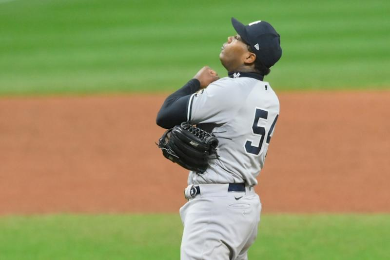 Aroldis Chapman celebrates final out of win over Indians