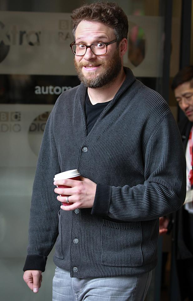 <p>Could that cup of coffee have put the funnyman in a smiling mood as he met with fans while on a press tour for <em>Neighbors 2</em>? (Photo: AKM-GSI) </p>