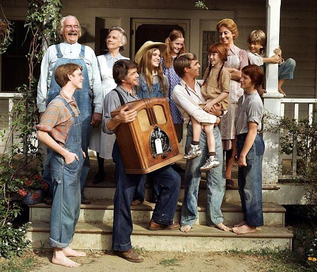 "Jon Walmsley as Jason Walton, Will Geer as Zeb Grandpa"" Walton, Ellen Corby as Ester ""Grandma"" Walton, Ralph Waite as John Walton, Judy Norton as Mary Ellen Walton, Mary McDonough as Erin Walton, Richard Thomas as John Boy Walton, Kami Cotler as Elizabeth Walton, Michael Learned as Olivia Walton, Eric Scott as Ben Walton, and David Harper as Jim-Bob Walton in 'The Waltons' (Photo: CBS via Getty Images)"