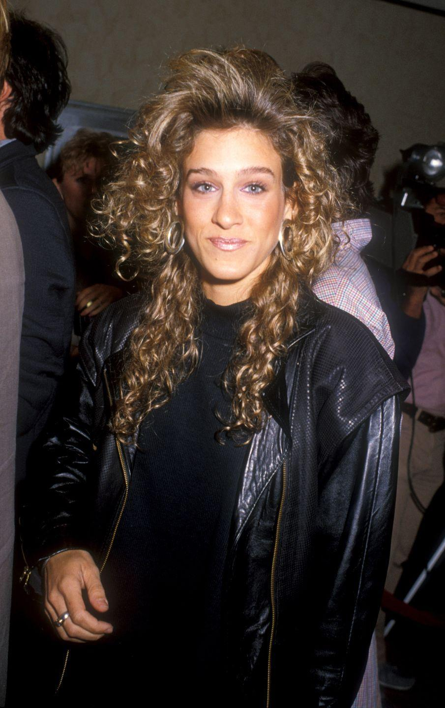 <p>Among other stars, Sarah Jessica Parker rocked this incredibly '80s do, inspiring American women to follow suit by teasing their bangs and perming their locks.</p>