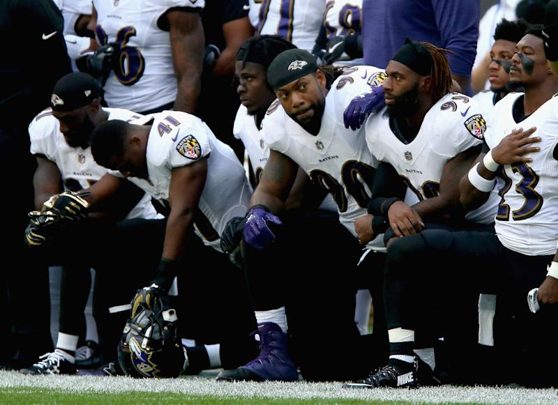 Ravens hang on to beat the Colts in NFL