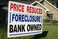 Foreclosures fall to lowest in 7 years: Report