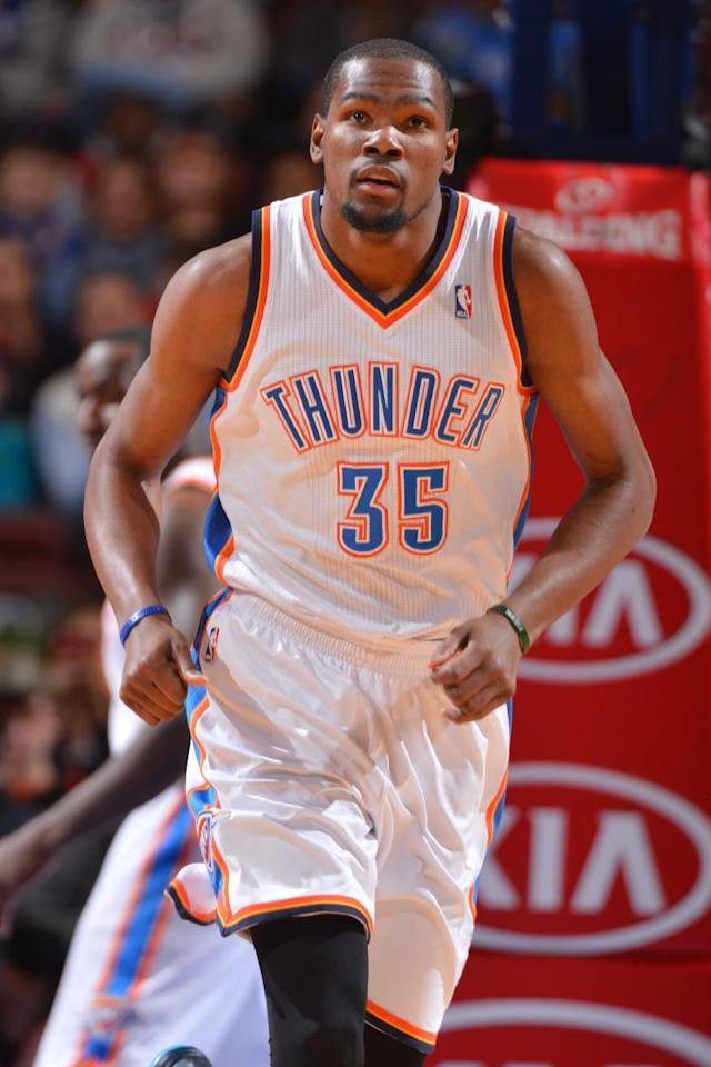 PHILADELPHIA, PA - JANUARY 25: Kevin Durant #35 of the Oklahoma City Thunder on the court during a game against the Philadelphia 76ers at the Wells Fargo Center on January 25, 2014 in Philadelphia, Pennsylvania. (Photo by Jesse D. Garrabrant/NBAE via Getty Images)