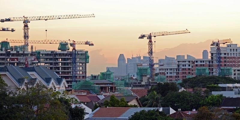 <p><img/></p>Singapore may appear significantly developed, but the government still plans to build several large-scale infrastructure projects in the next 10 years to further strengthen the economy