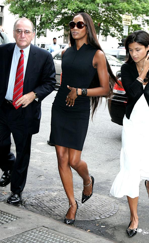"Naomi Campbell looks model fabulous as she arrives at the Manhattan Courthouse. James Devaney/<a href=""http://www.wireimage.com"" target=""new"">WireImage.com</a> - June 27, 2006"