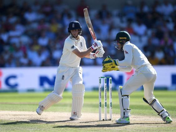 Joe Root at the crease for England (Getty)
