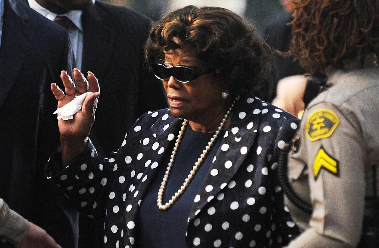 Michael Jackson's mother Katherine Jackson arrives outside Los Angeles Superior Court to hear opening statements in the involuntary manslaughter trial of Conrad Murray, September 27, 2011 (AFP Photo/Robyn Beck)