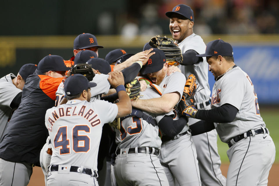 The Tigers celebrate after Spencer Turnbull's no-hitter against the Mariners in 2021