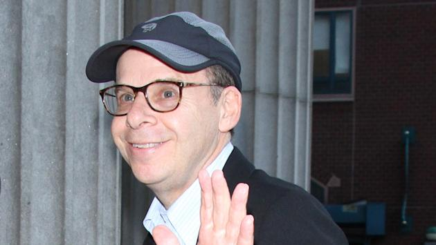 Actor Rick Moranis punched in the head in NY, video shows""