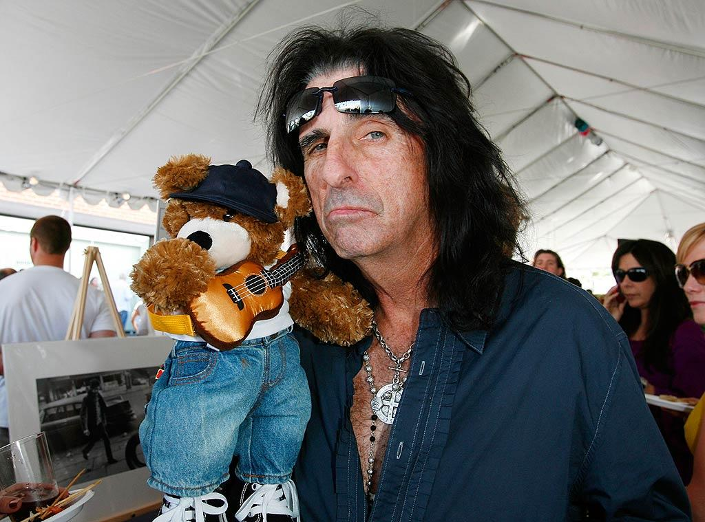 "Apparently hard rocker Alice Cooper has a soft side. Donato Sardella/<a href=""http://www.wireimage.com"" target=""new"">WireImage.com</a> - March 9, 2008"
