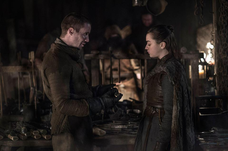 Joe Dempsie as Gendry and Maisie Williams as Arya Stark in <i>Game of Thrones</i>. (Photo: Helen Sloan/HBO)