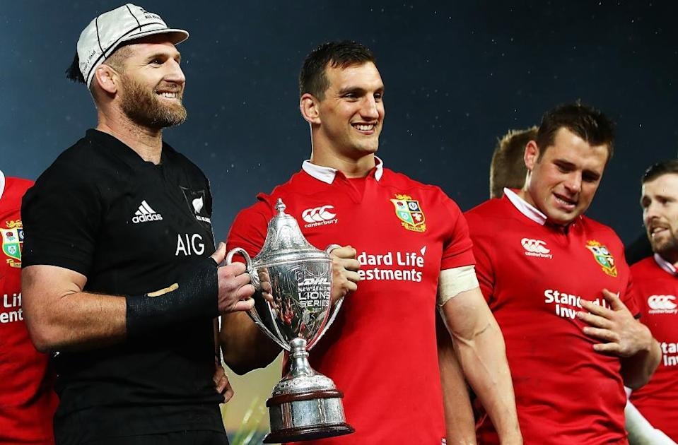 Captains Kieran Read and Sam Warburton with the trophy after the Lions' tied series in New Zealand in 2017.