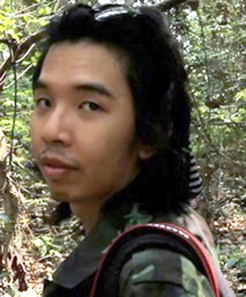 "In this undated photo, Thai film director Nontawat Numbenchapol is seen at the site while making movie in Sisaket province, northeastern Thailand. Nontawat said on Wednesday, April 24, 2013, that the Thai film censors office have banned ""Boundary"", a documentary about the country's long-running border dispute with neighboring Cambodia, as a threat to national security. (AP Photo)"