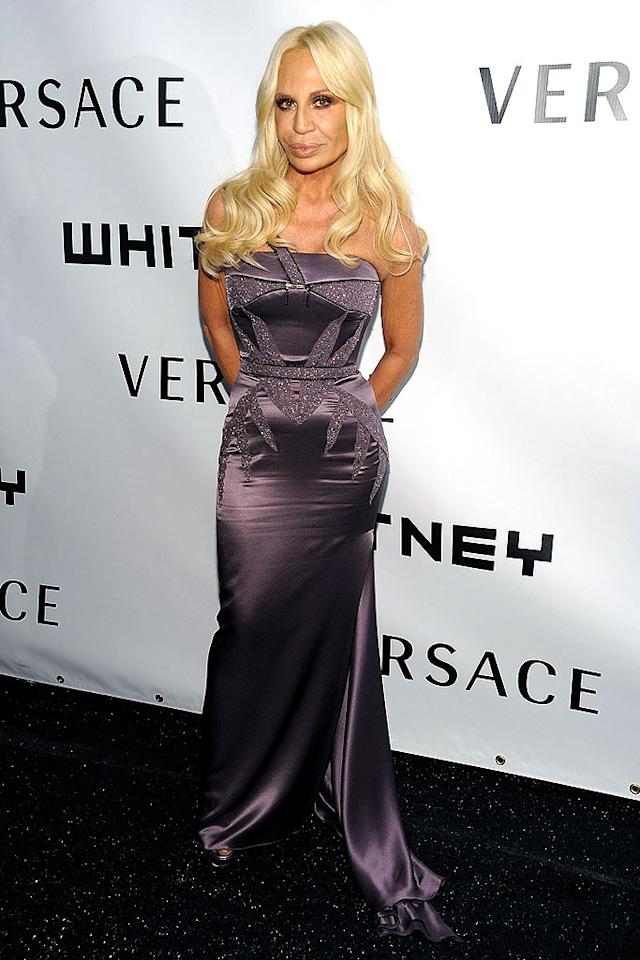 "Donatella Versace's fried mane is in desperate need of maintenance ... same goes for those lips. Dimitrios Kambouris/<a href=""http://www.wireimage.com"" target=""new"">WireImage.com</a> - October 20, 2008"
