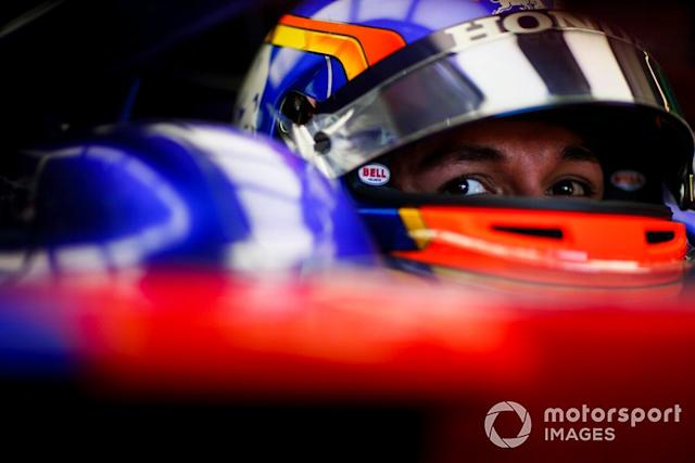 "Alexander Albon, Toro Rosso <span class=""copyright"">Andy Hone / LAT Images</span>"
