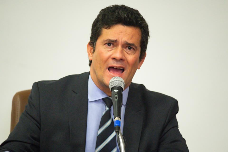 BRASILIA, BRAZIL - APRIL 24: Minister of Justice Sergio Moro speaks during a press conference to announce his resignation after president Bolsonaro dismissed Federal Police Chief Mauricio Valeixo at the Justice Ministry in Brasilia, Brazil, on April 24, 2020 in Brasilia. (Photo by Andressa Anholete/Getty Images)