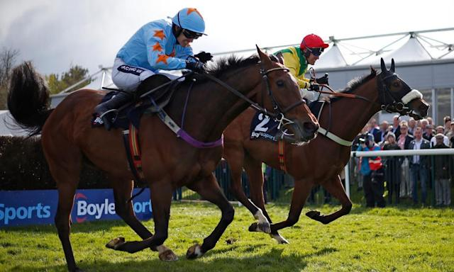 "<span class=""element-image__caption"">Robbie Power and Fox Norton, right, edge clear of long-time race leader Un De Sceaux after the final fence. </span> <span class=""element-image__credit"">Photograph: Alan Crowhurst/Getty Images</span>"