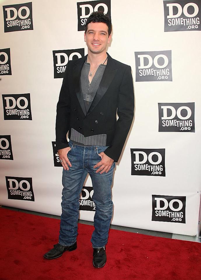 "Um, what is JC Chasez wearing? Are mini man blazers the next big thing? We think not. Jordan Strauss/<a href=""http://www.wireimage.com"" target=""new"">WireImage.com</a> - August 2, 2008"