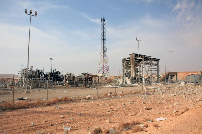 A handout picture released by the Syiran Arab News Agency (SANA) shows a general view of the Shaer gas field in Homs' eastern countryside on November 15, 2014