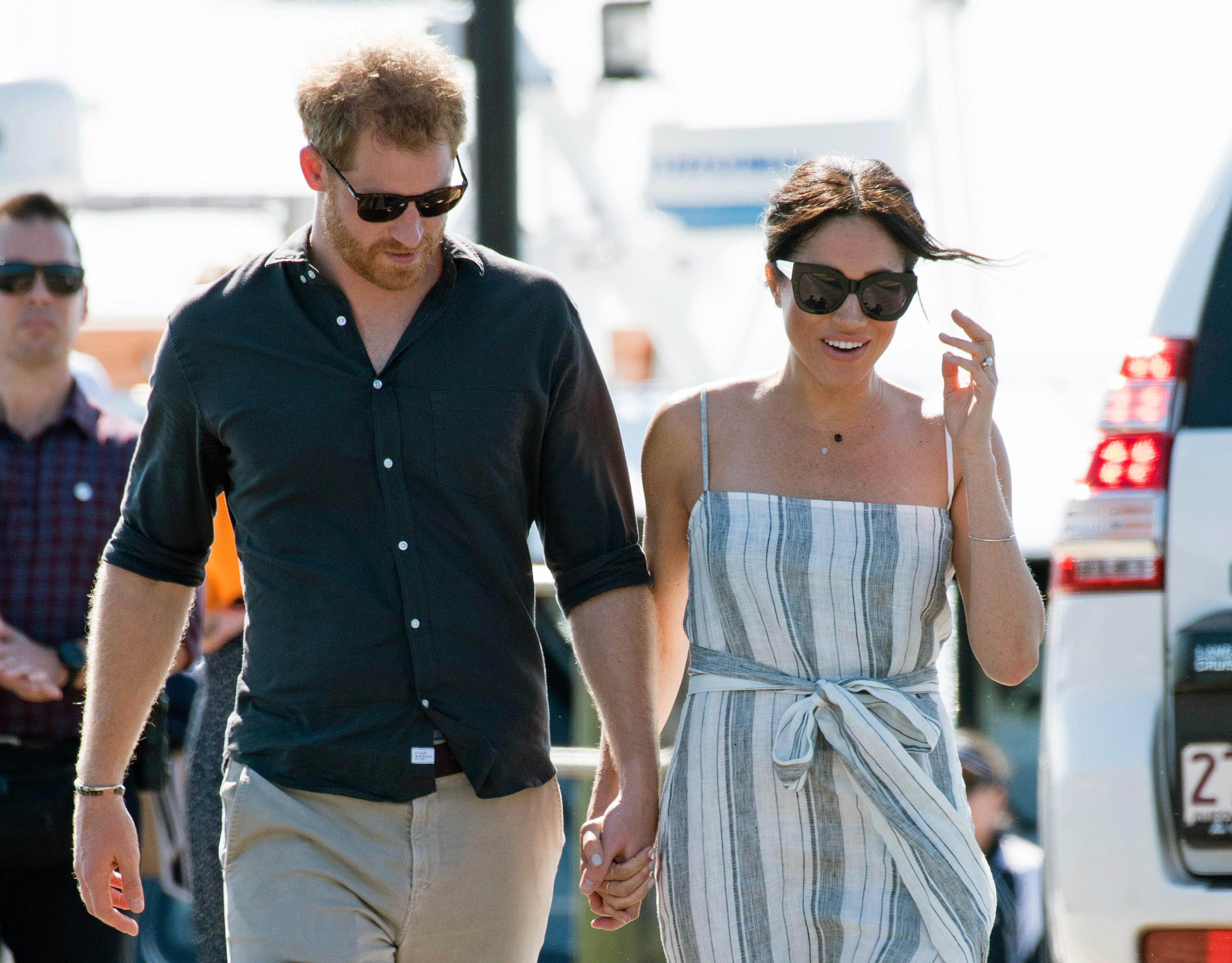 FRASER ISLAND, QUEENSLAND - OCTOBER 22: (NO UK SALES FOR 28 DAYS) Prince Harry, Duke of Sussex and Meghan, Duchess of Sussex visit Kingfisher Bay Resort on October 22, 2018 in Fraser Island, Australia. The Duke and Duchess of Sussex are on their official 16-day Autumn tour visiting cities in Australia, Fiji, Tonga and New Zealand. (Photo by Pool/Samir Hussein/WireImage)