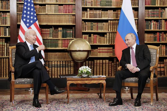 564b2edfe7ec1850101b5a46f4711d39 Putin holds press conference after Biden summit concludes