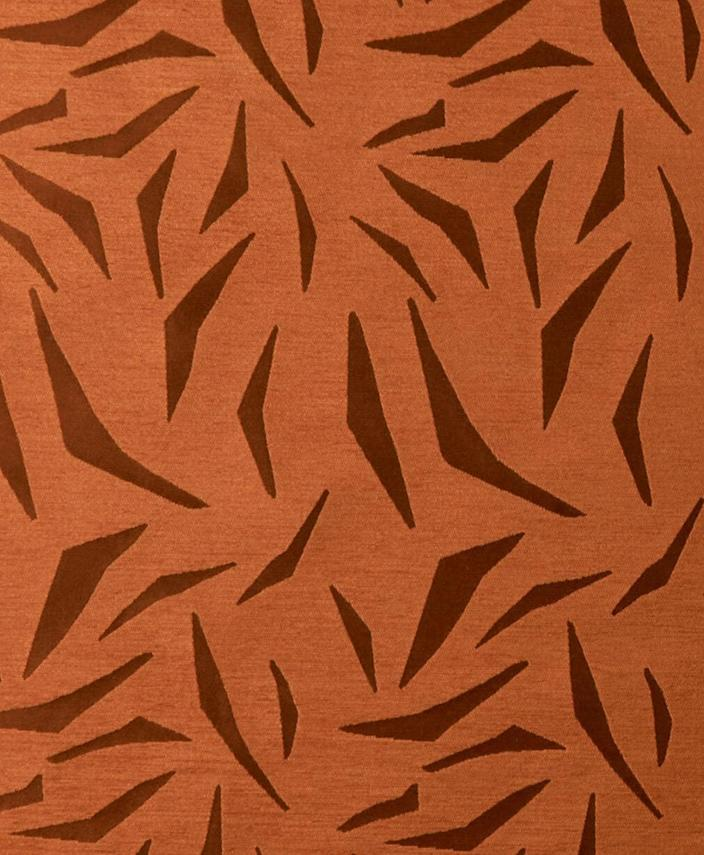 The twill pattern is inspired by the fern, which is a symbol of elasticity.