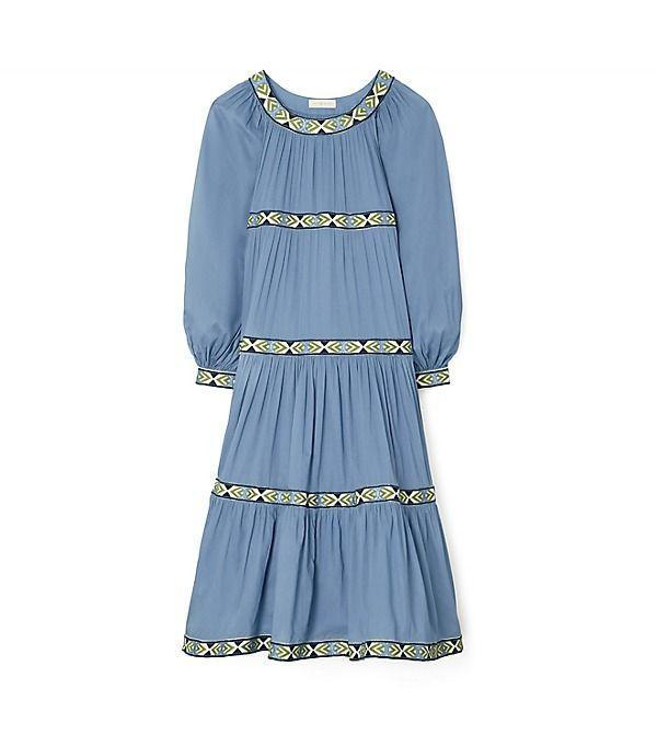 """<p><strong>Tory Burch</strong></p><p>toryburch.com</p><p><a href=""""https://go.redirectingat.com?id=74968X1596630&url=https%3A%2F%2Fwww.toryburch.com%2Fclothing%2Fdresses%2Fballoon-dress%2F81243.html&sref=https%3A%2F%2Fwww.townandcountrymag.com%2Fstyle%2Fg37340584%2Fshop-the-best-deals-from-tory-burchs-private-sale%2F"""" rel=""""nofollow noopener"""" target=""""_blank"""" data-ylk=""""slk:Shop Now"""" class=""""link rapid-noclick-resp"""">Shop Now</a></p><p><strong><del>$598 </del>$299 (50% off)</strong></p><p>This flouncy dress will look just as good with sandals as it will with tights and Chelsea boots.</p>"""