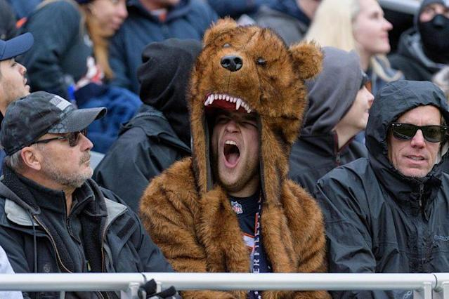 "Here's a <a class=""link rapid-noclick-resp"" href=""/nfl/teams/chi/"" data-ylk=""slk:Chicago Bears"">Chicago Bears</a> fan displaying the proper enthusiasm for the 2017 team. (Photo by Daniel Bartel/Icon Sportswire via Getty Images)"