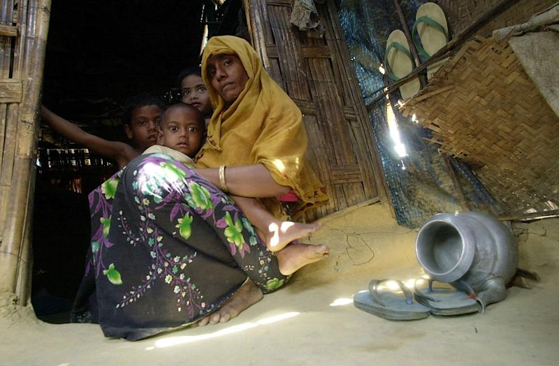 A Rohingya refugee mother and her children at Kutupalong refugee camp near Cox's Bazar (AFP Photo/Jewel Samad)