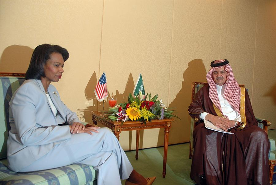 <p>Former U.S. Secretary of State Condoleezza Rice visited Jiddah, Saudi Arabia, in 2007, opting to leave her head uncovered during a meeting with former Saudi Foreign Minister Saud al-Faisal. (Photo: AP Images) </p>