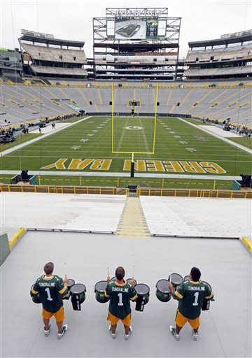 Drummers practice at Lambeau Field before an NFL football game between the Green Bay Packers and the Chicago Bears Thursday, Sept. 13, 2012, in Green Bay, Wis. (AP Photo/Mike Roemer)