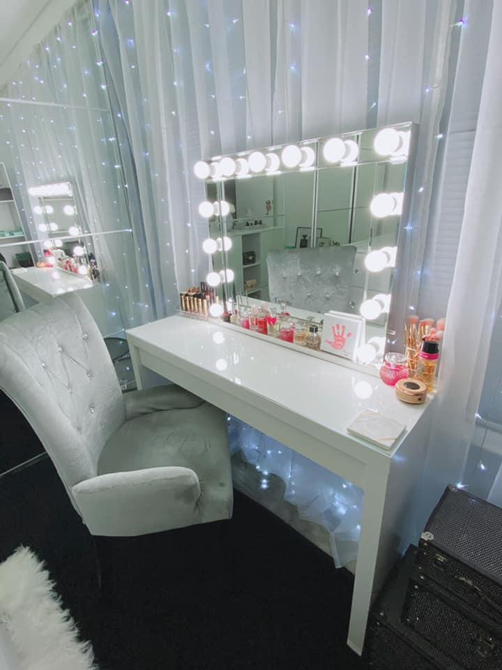 The stunning 'glam corner' included a luxe armchair, a desk and mirror.