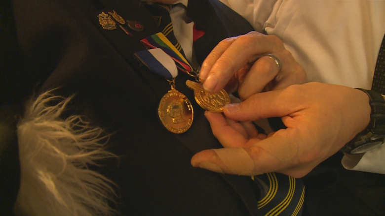 Poppy a sign of friendship, says 91-year-old Métis WWII vet
