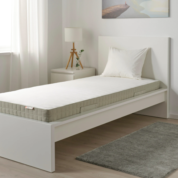 Here's why a good mattress is imperative for good backbone health