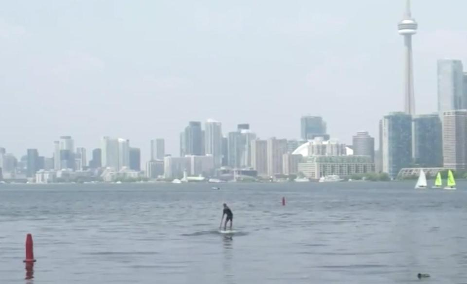 Against all odds, paddleboarder to cross Lake Ont. for mental health awareness