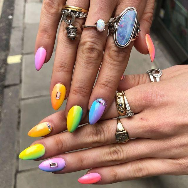 """<p>Can't pick one shade of neon? This faded rainbow design means you don't have to.</p><p><a href=""""https://www.instagram.com/p/BiZREOzhFln/"""" rel=""""nofollow noopener"""" target=""""_blank"""" data-ylk=""""slk:See the original post on Instagram"""" class=""""link rapid-noclick-resp"""">See the original post on Instagram</a></p>"""