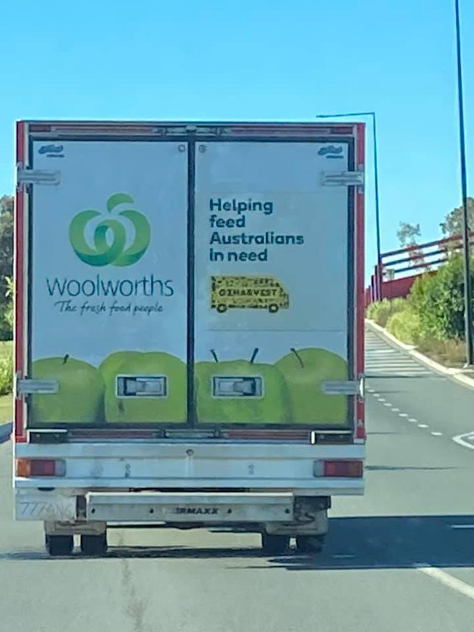 Woolworths delivery truck with no registration plate.