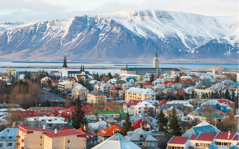 Iceland is poised to welcome 2.3 million visitors by the end of this year - boyloso - Fotolia