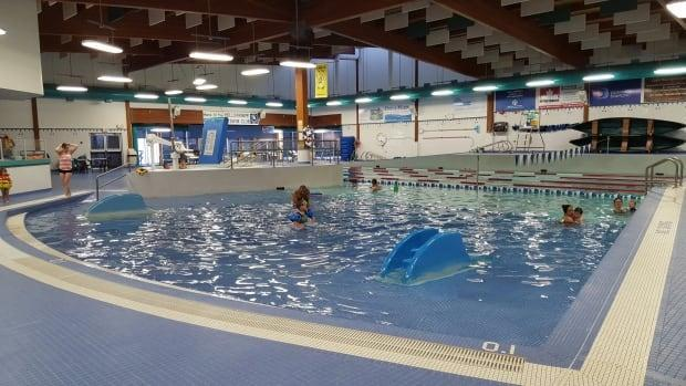The City of Yellowknife will be holding a referendum in November to see if it can borrow funds to build a new aquatic centre to replace the Ruth Inch Memorial Pool, pictured above, which the city said has exceeded its life expectancy. (Sara Minogue/CBC - image credit)
