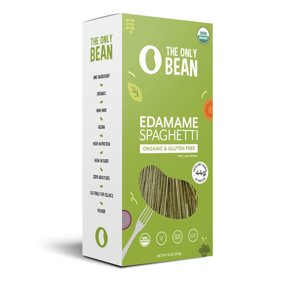 """<p><a href=""""https://www.popsugar.com/buy/Only-Bean-Organic-Edamame-Fettuccine-Pasta-415600?p_name=The%20Only%20Bean%20Organic%20Edamame%20Fettuccine%20Pasta&retailer=amazon.com&pid=415600&price=7&evar1=fit%3Aus&evar9=46561204&evar98=https%3A%2F%2Fwww.popsugar.com%2Ffitness%2Fphoto-gallery%2F46561204%2Fimage%2F46561219%2FOnly-Bean-Organic-Edamame-Fettuccine-Pasta&list1=shopping%2Camazon%2Cpasta%2Chealthy%20dinners&prop13=api&pdata=1"""" rel=""""nofollow"""" data-shoppable-link=""""1"""" target=""""_blank"""" class=""""ga-track"""" data-ga-category=""""Related"""" data-ga-label=""""https://www.amazon.com/Only-Bean-Organic-Edamame-Fettuccine/dp/B079BBBMM5/ref=sr_1_44_s_it?s=grocery&amp;ie=UTF8&amp;qid=1551114435&amp;sr=1-44&amp;keywords=low%2Bcarb%2Bpasta&amp;th=1"""" data-ga-action=""""In-Line Links"""">The Only Bean Organic Edamame Fettuccine Pasta</a> ($7) has only nine grams of net carbs per serving.</p>"""