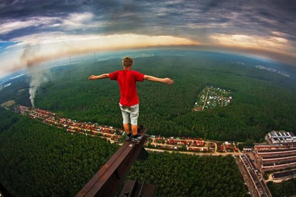 On a high: the photographer risking his life for amazing photos ini Russia