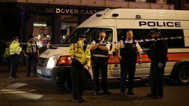 'Good must conquer evil' - Footballing world pays tribute following London terror attack