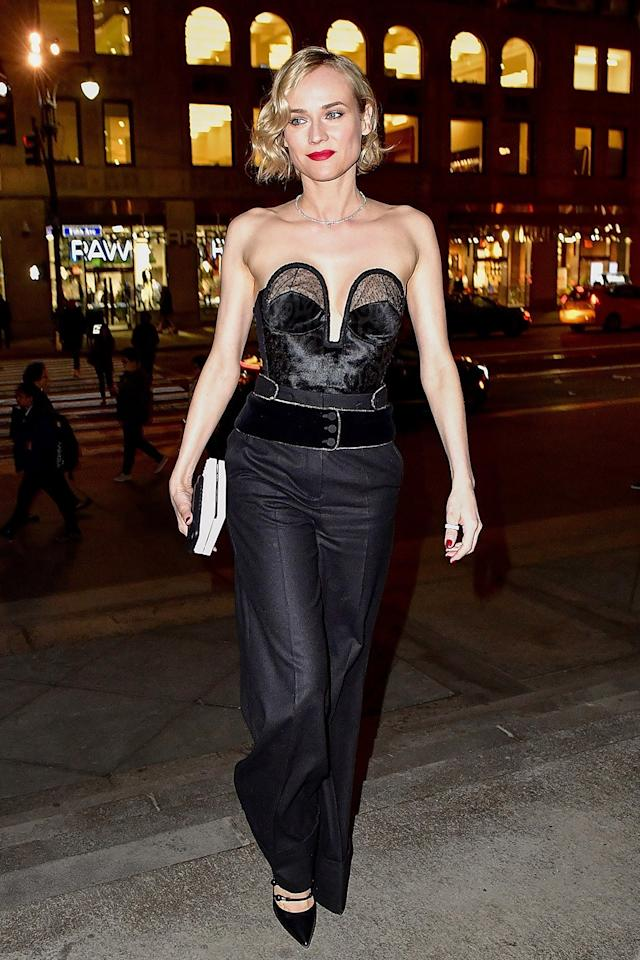 """<p>The bustier trend <a rel=""""nofollow"""" href=""""http://www.vogue.com/article/fall-2016-runway-trends-bustier-bra-tops?mbid=synd_yahoostyle"""">marches on</a>.</p>"""