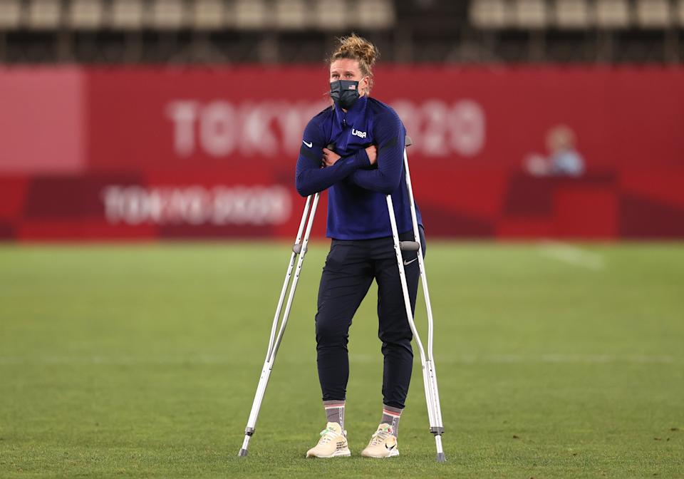 USWNT goalkeeper Alyssa Naeher hyperextended her right knee during the semifinal. (Francois Nel/Getty Images)